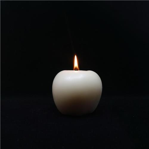 Queen B – 100% Beeswax Black Label 2 x Apple Candles